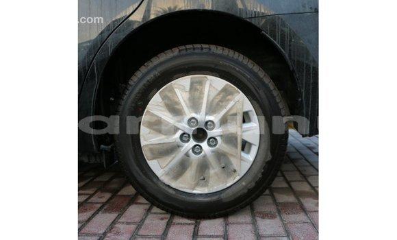 Acheter Importé Voiture Toyota Corolla Noir à Import - Dubai, Région de la Bouenza
