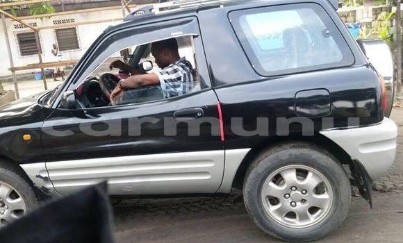 Acheter Occasion Voiture Toyota RAV4 Noir à Pointe–Noire, Région du Kouilou