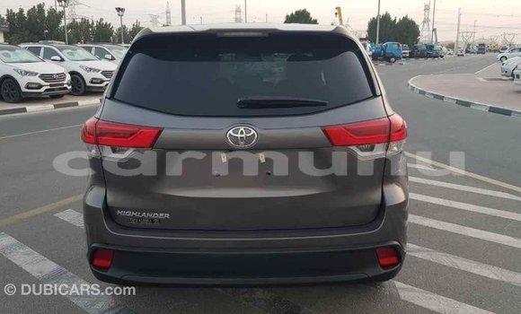 Acheter Importé Voiture Toyota Highlander Autre à Import - Dubai, Région de la Bouenza