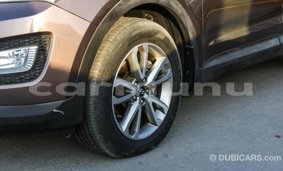 Acheter Importé Voiture Hyundai Santa Fe Marron à Import - Dubai, Région de la Bouenza