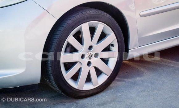 Acheter Importé Voiture Peugeot 207 Autre à Import - Dubai, Région de la Bouenza