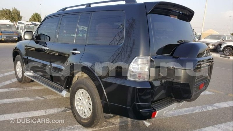 Big with watermark mitsubishi pajero region de la bouenza import dubai 3439