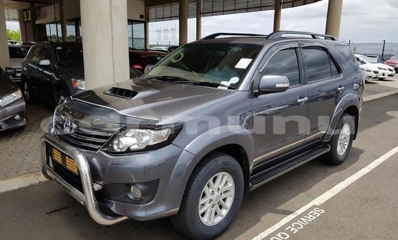 Acheter Occasion Voiture Toyota Fortuner Gris à Brazzaville, Commune de Brazzaville