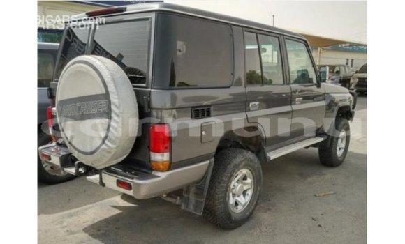 Acheter Importé Voiture Toyota Land Cruiser Autre à Import - Dubai, Région de la Bouenza