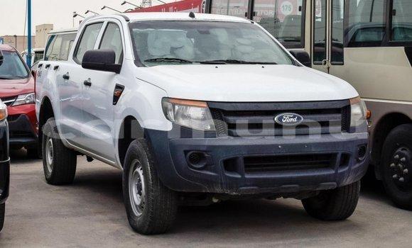 Acheter Importé Voiture Ford Ranger Blanc à Import - Dubai, Région de la Bouenza
