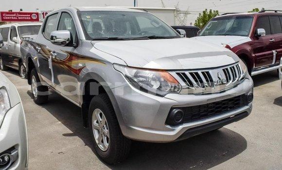 Acheter Importé Voiture Mitsubishi L200 Autre à Import - Dubai, Région de la Bouenza